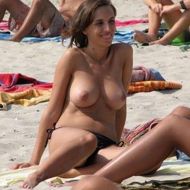 Versteckte Nudisten Bilder