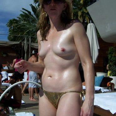 Voyeur Bilder ohne Bikini