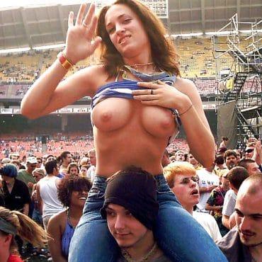 Festival nackt winken