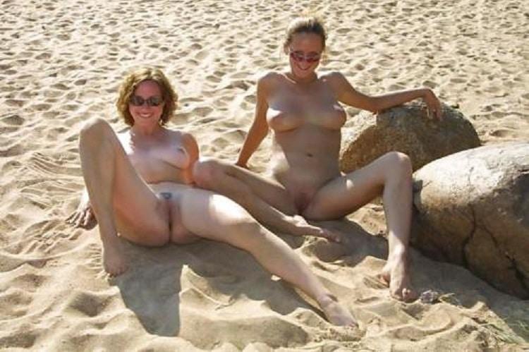 Sex Am Strand Nackt