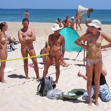 Beach Girl zeigen sich
