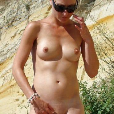 Blondine Nackt am Strand