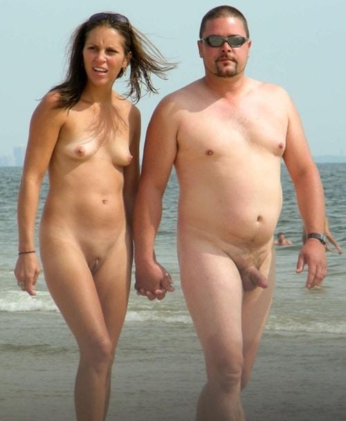 Nackte PäRchen Am Strand