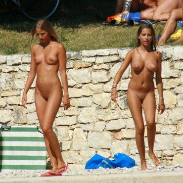 Voyeurismus komplett nackt