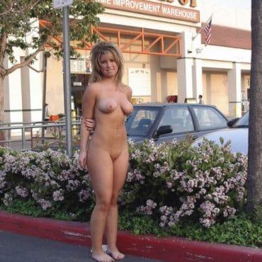 Beach Babes in der Öffentlichkeit