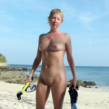 Milf Beach Babes