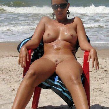 Nackidei am Beach