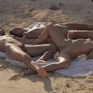 Strand Pornos zwei Mädels