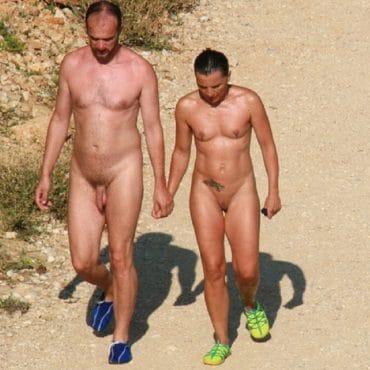 Nacktbadestrand Couple