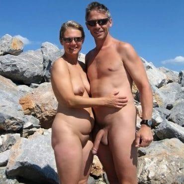 Nacktwandern langer Pimmel