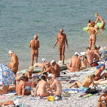 Nettes Spanner am Strand