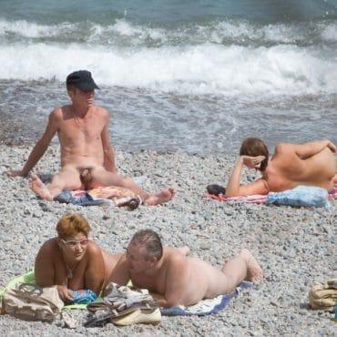 Spanner am Strand Pimmel