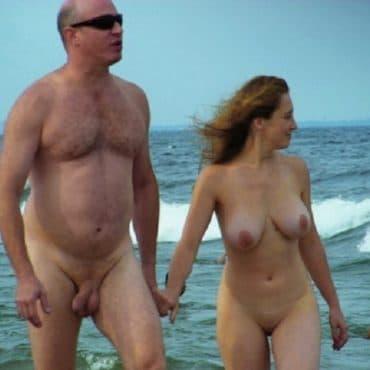 Spanner am Strand Titten