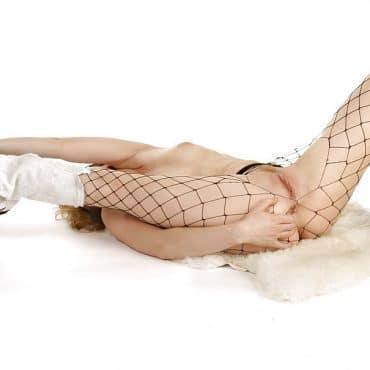 Nacktgymnastik im Netz