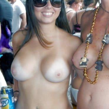 Scharfe Festival Titten
