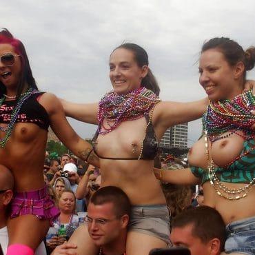 Viele Festival Titten