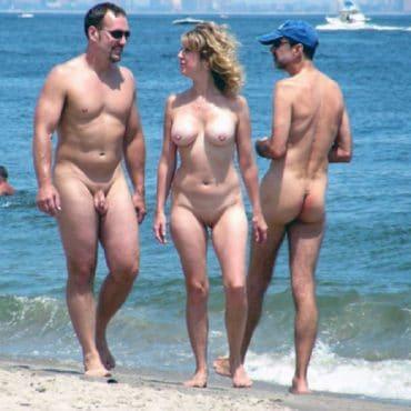Brüste Nackte Menschen