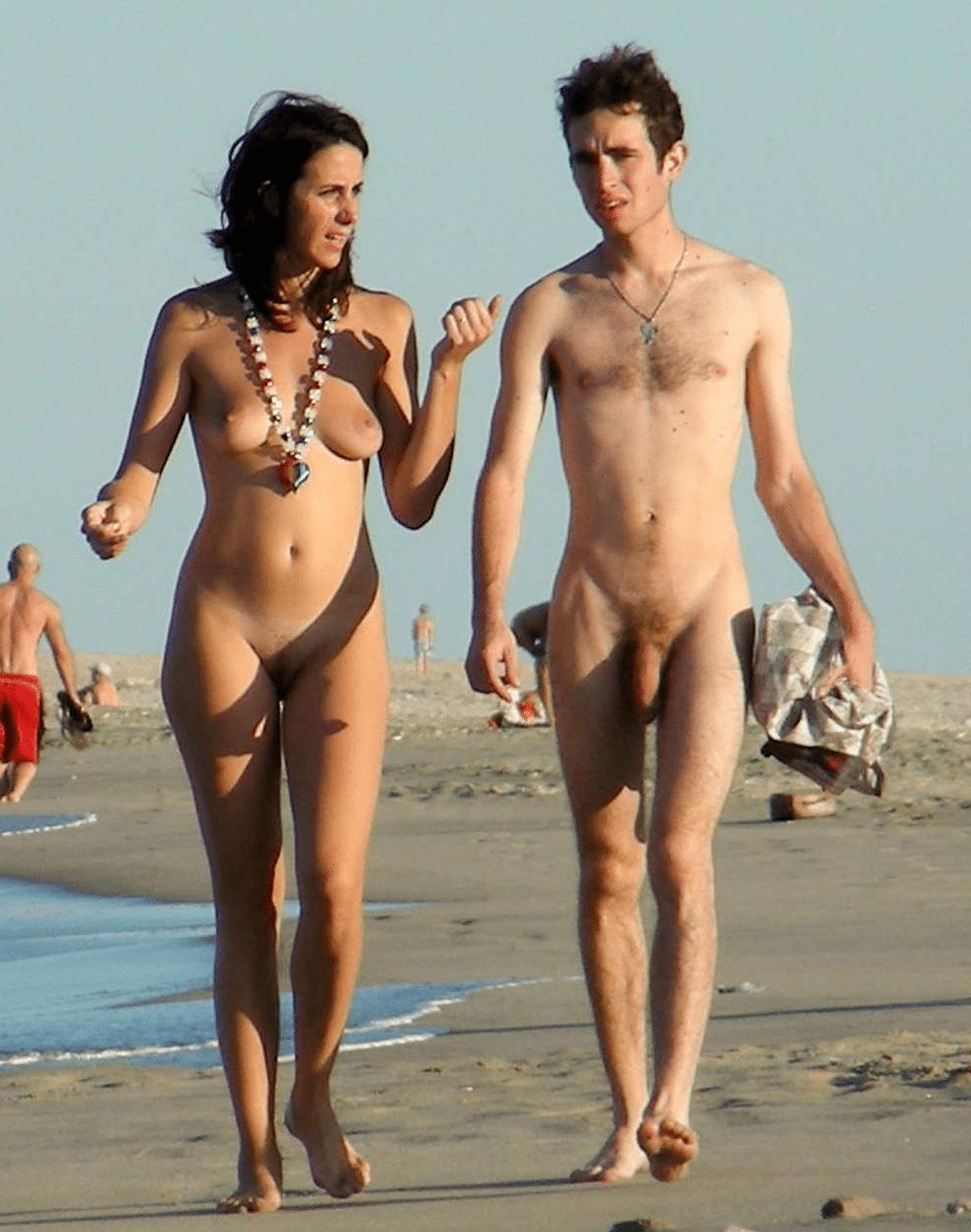 Nackte Menschen Am Strand