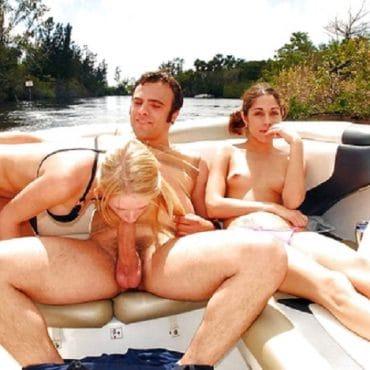 Sex auf dem Boot Doppel Blowjob