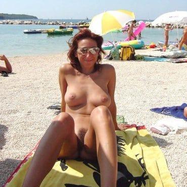Oma Nackte Frauen am Strand