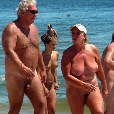 Milf Voyeur am Strand