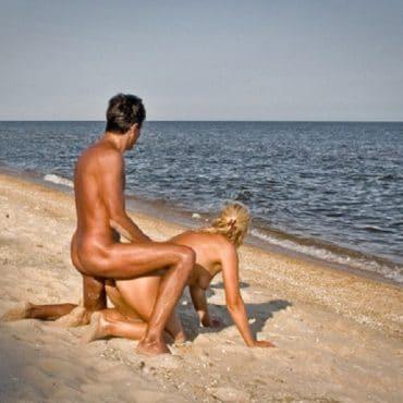 Sex am FKK vor dem Meer