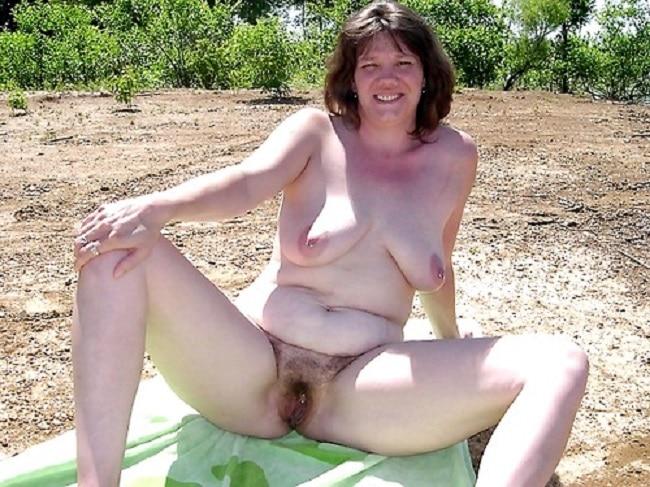 Haarige Frau Nackt