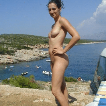 Nette Frauen nackt am Strand