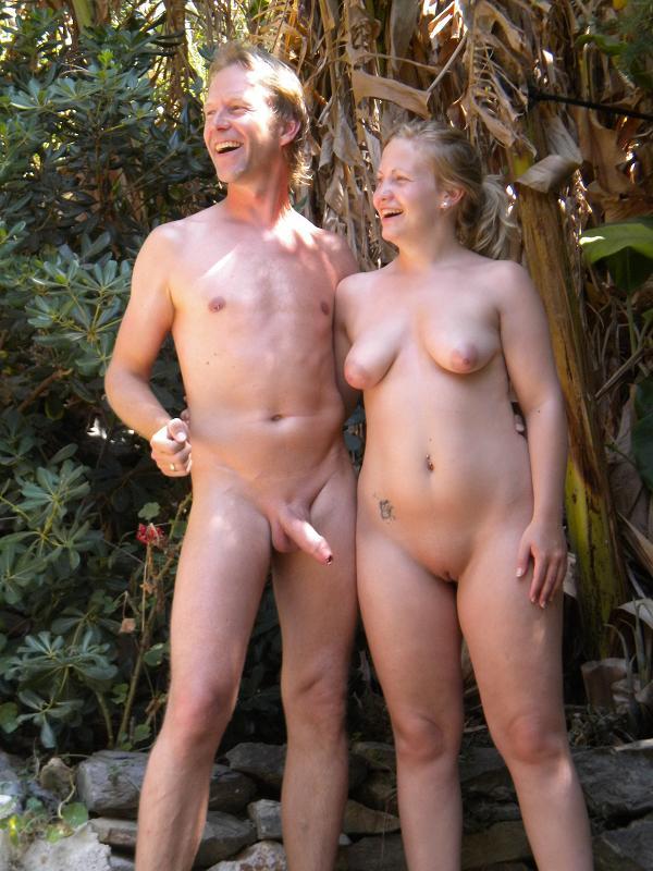 Nackt am strand paare