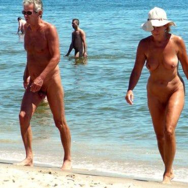 Strand Voyeur große Brüste