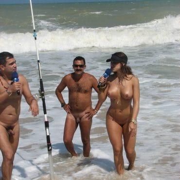 Hammer Nackte Paare am Strand