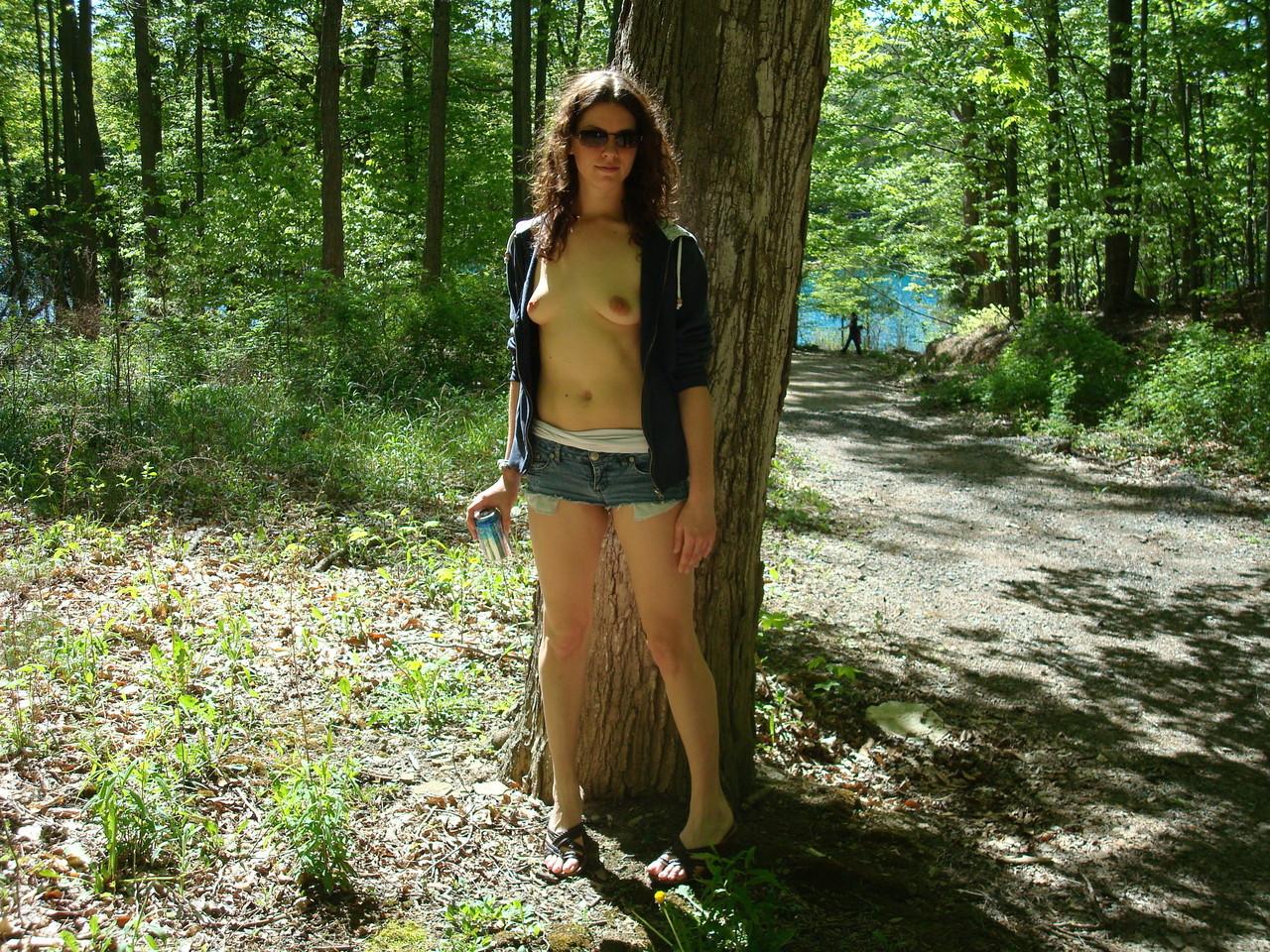 MäDchen Im Wald Gefickt