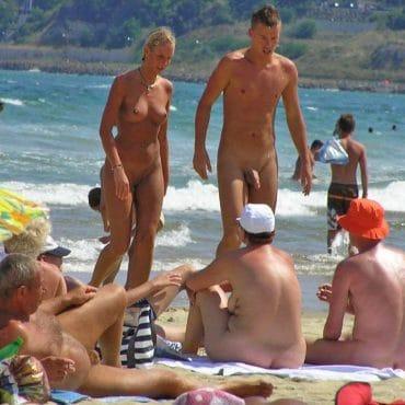 Nackt fkk männer FKK und