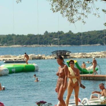 Nacktbaden Italien