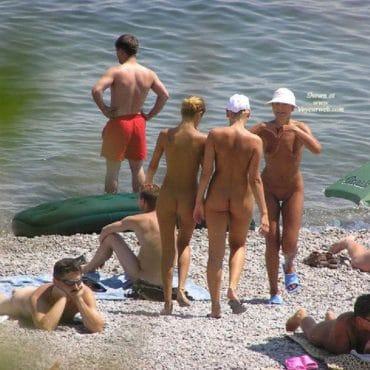 Nudist Bilder baden