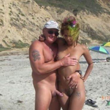 Nudist Bilder mit Ständer